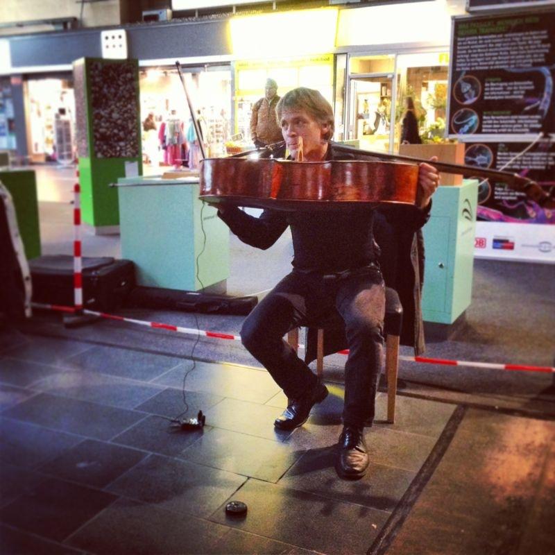 Talking into the cello in Frankfurt